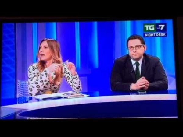 Elvira Savino TgLa7 Night Desk parte-2 @forza_italia